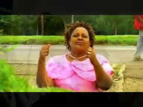 Ruth Wamuyu - Nani Kama Wewe Video