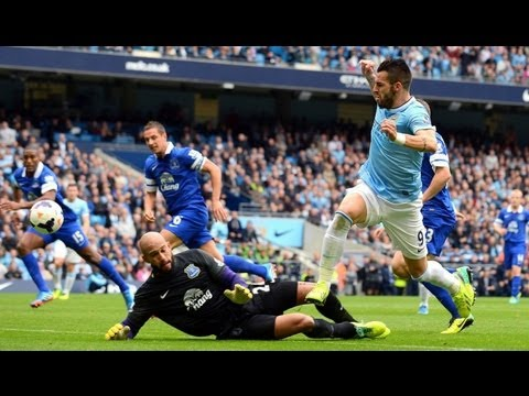 Alvaro Negredo vs Everton F.C. (H) 13/14 PL By ChequeredCrown