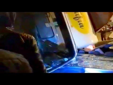 انقلاب شاحنة بحي الإشارة بمدينة تطوان (شاهد الفيديو)