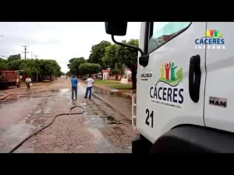 Ruas recebem lama asfáltica