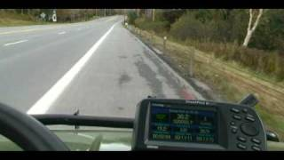 John Deere Gator XUV Haulin Arsse On Interstate Highway