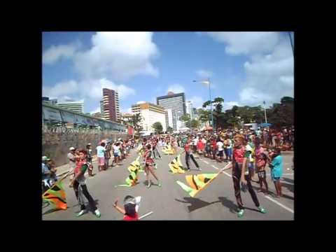 BMP Solares - Feel This Moment [Desfile Cívico Beira Mar 2013]