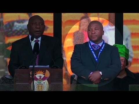Was the Mandela memorial interpreter a fake?