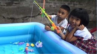 Mở Bộ Đồ Chơi Câu Cá - Open Fishinng Game - Bé Chơi  Câu Cá Cực Vui *_*Baby channel.
