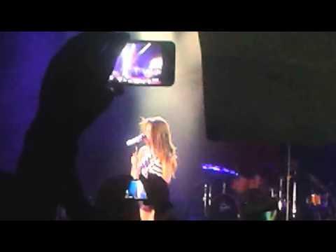 Selena Gomez Alcatraz Milano 16/9/13 Love will remember,