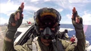 Det her er hvad der sker, når du giver et par F18 piloter et sæt GoPro kamera