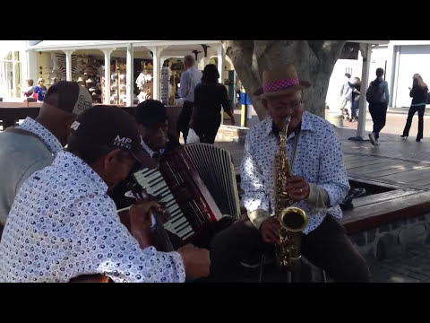 Cape Town jazz quartet busking with banjo - Hello Dolly - V&A waterfront
