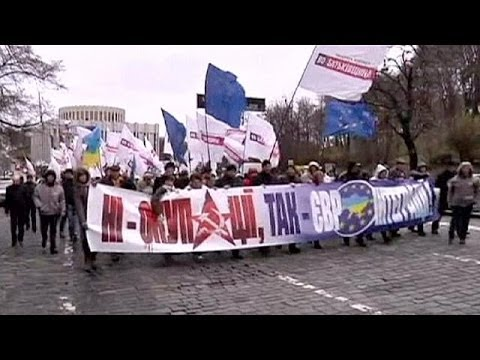 Ukraine: PM says he doesn't want country to become a