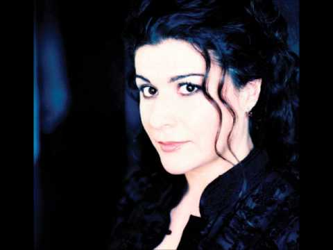 Cecilia bartoli casta diva youtube for Casta diva pictures