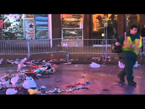 Raw: Times Square clean up begins in NYC