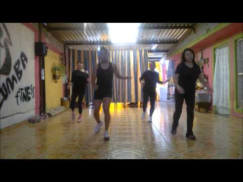 ZUMBA FIT '' quieren mambo'' merengue