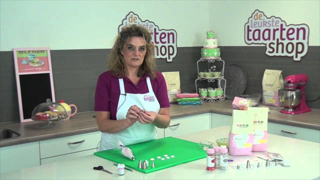 Taart decoratie icing technieken youtube for Taart en decoratie