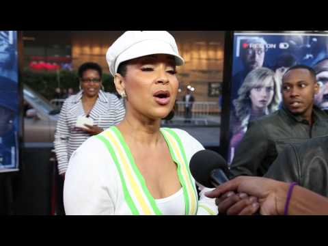 Lisaraye McCoy Is A Fan Of Laughter!