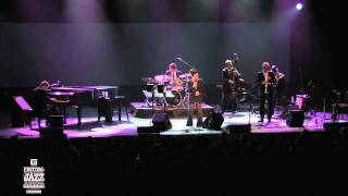 Holly Cole - Concert 2011