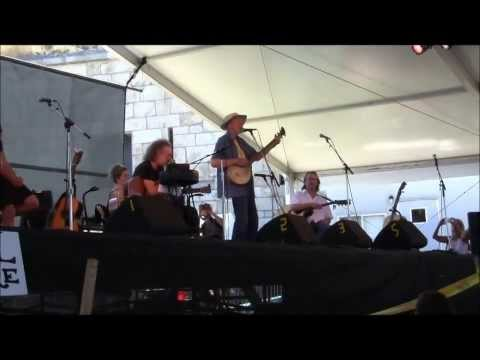 Pete Seeger -Quite Early Morning  (Newport Folk Festival, July 30, 2011)