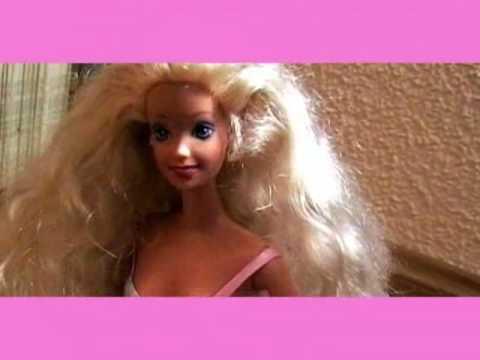 Barbie en peligro (Barbie in danger), An animation shor film we made for class. Barbie...you're in danger my dear! Un corto de animación que hicimos para clase. Barbie...estás en peligro querida.