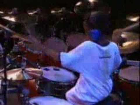 Solo de batterie - Jeune batteur de 12 ans