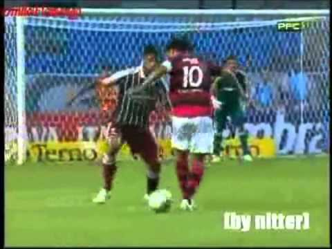 Ronaldinho Dribles e Gols Flamengo 2011 HD*