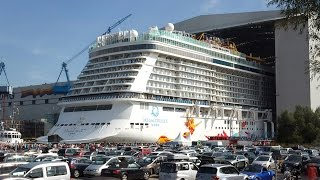 Big ship launch: Float out of cruise ship Genting Dream 雲頂夢號 at Meyer Werft shipyard