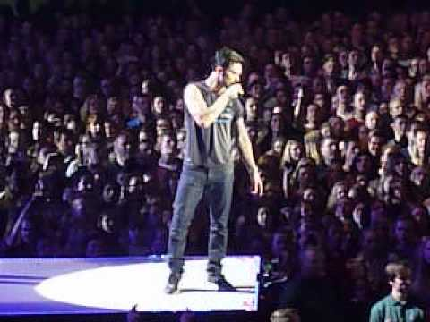 Maroon 5-she will be loved@ ziggodome netherlands 20 januari 2014