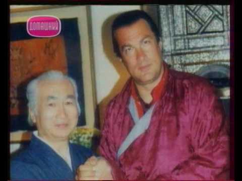 Хироши Исояма и Стивен Сигал