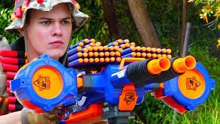 Nerf War: 4 Million Subscribers