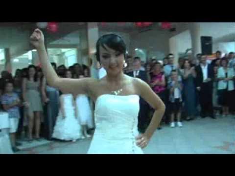 Свадбениот танц на Елена и Павел од Охрид