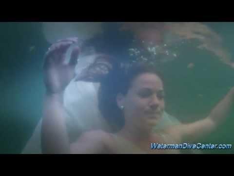 Waterman Dive Center Met Model Robinne Wilms