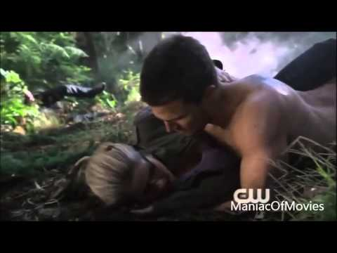 Oliver Queen & Felicity Smoak | Love The Way You Lie - YouTube