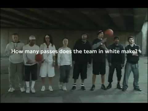 Basketball awareness test: Moonwalking Bear