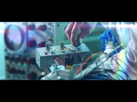 Benny Benassi ft. Gary Go - Cinema