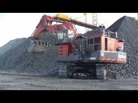 large hydraulic excavators Hitachi EX-3600.Giant Mining Excavator