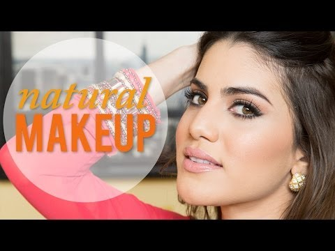 Hình ảnh trong video Simple & Flattering Makeup