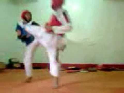 WIT taekwondo sanzell and taclobos.3gp
