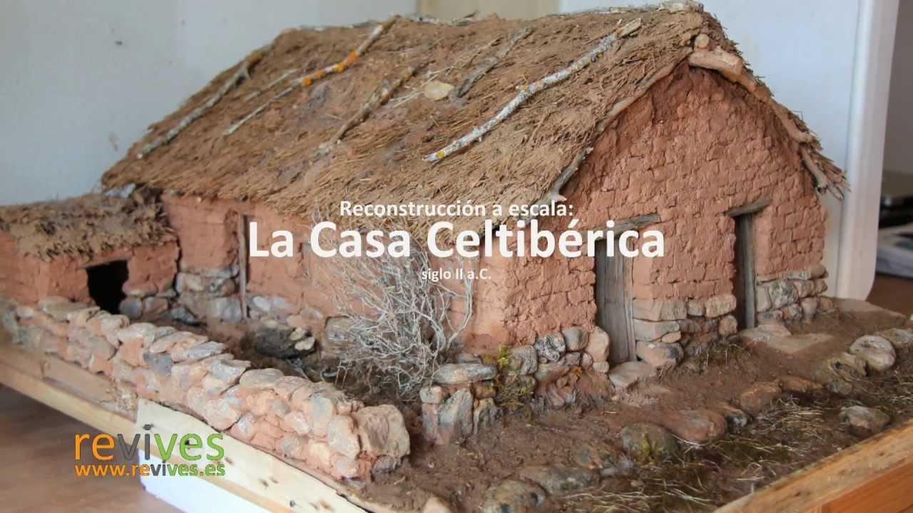 Construcci n de la casa celtib rica a escala youtube for Construccion de chimeneas para casas