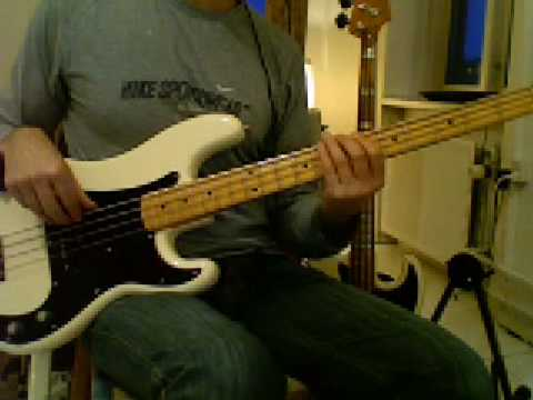 L19 A7 bluesy bass riff with turnaround
