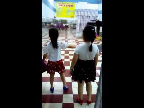Titi học nhảy dance sport 2