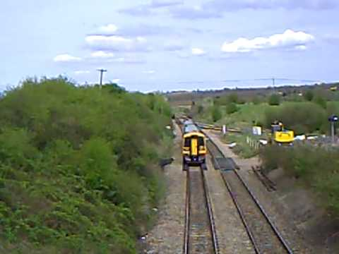 south-west-trains class 158 near westbury with a horn at each end of sprinter