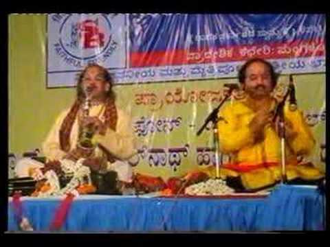 Pt Ronu Majumdar & Pt Kadri Gopalnath in jugalbandi.