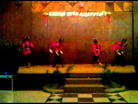 Kabumi - Tari piring (plate dance)
