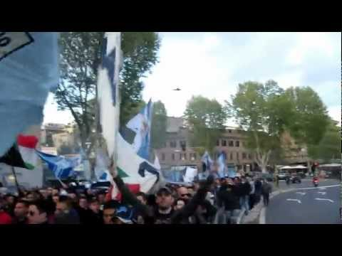 SS LAZIO CORTEO PONTE MILVIO LAZIO-NAPOLI 2012