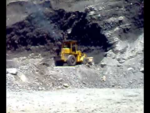 Fiat Allis in action at Bajawa -Flores -Indonesia .mp4