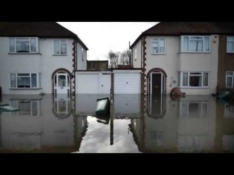 UK storms: Wind and rain as flooding continues - 15 February 2014