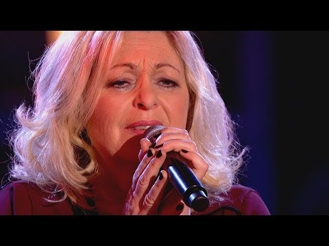 Sally Barker performs 'Walk On By' - The Voice UK 2014: The Knockouts - BBC One