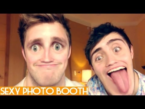 THE SEXY PHOTO BOOTH CHALLENGE