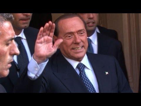 Berlusconi vai cumprir pena com trabalho comunitário