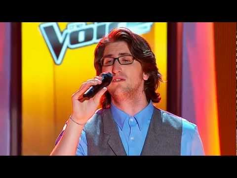 The Voice Australia: Adam Hoek sings Use Somebody