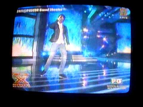 Daniel Padilla and Khalil Ramos singing Prinsesa sa XFactor