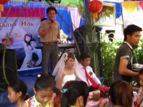 Một đám cưới độc nhất vô nhị chỉ có ở Việt Nam.mpg