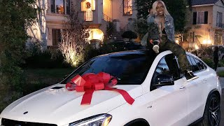 Buying Jackie's DREAM CAR!